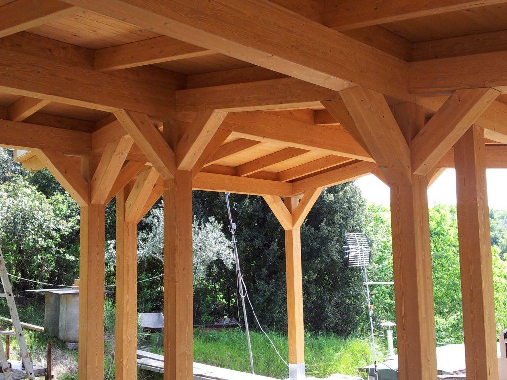 Casa a struttura portante villa adriana asso strutture for Casa in legno tradizionale